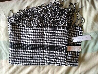 £10 • Buy New Look Houndstooth Wrap Or Scarfs