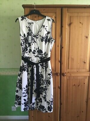 £10 • Buy Laura Ashley Dress Size 16 New With Tags