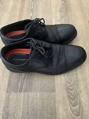 £5 • Buy Rockport Shoes Size 8