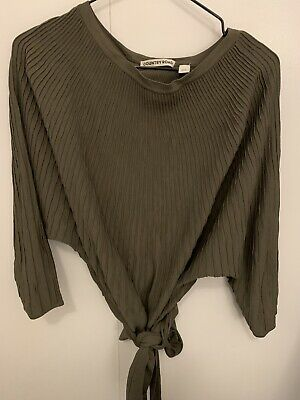 AU20 • Buy Country Road Wrap Top S