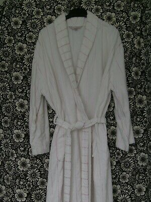 £5 • Buy Ladies Dressing Gown By BHS Size White Towelling/Pink Pattern Throughout