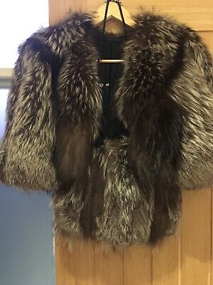 £300 • Buy Fox Fur Stole - Genuine Fox With Detail Trim And Matching Muff