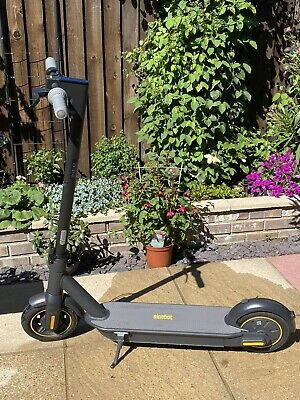 £500 • Buy Segway Ninebot Max G30 Electric Scooter With Box - Black 40 Mile Range 15.5mph