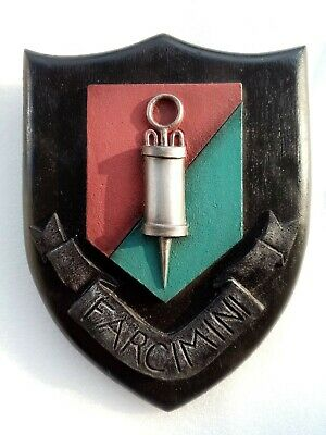 £17.99 • Buy Discworld Guild Of Embalmers Coat Of Arms DW04C Clarecraft Collectors Guild