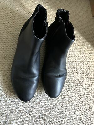£5 • Buy M&S Collection Chelsea Boots Black Leather 5.5 Women's