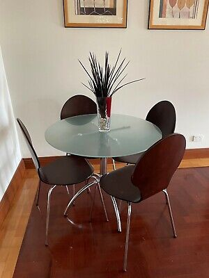 AU100 • Buy Dining Table And Chairs 4 Used