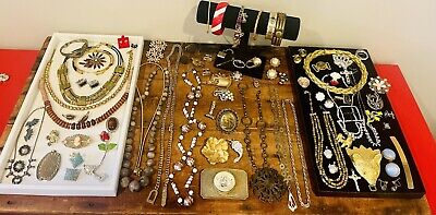 $ CDN94.62 • Buy Antique Vintage Jewelry Lot Unresearched Costume Estate Buy Varied Signed Clip