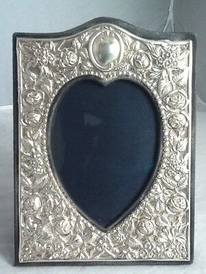 £85 • Buy Quality Medium Sized Rococo Silver Love Heart Picture Frame - London 1989