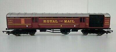 £22.99 • Buy Hornby R4155 OO Gauge LMS Royal Mail Operating Mail Coach Maroon 30246