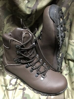 £39.95 • Buy Genuine British Issue Brown Iturri Patrol Boots!worn Once! Immaculate!Size 6 M