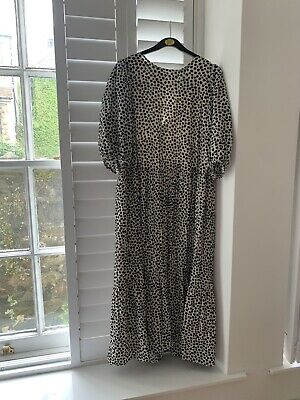 £10 • Buy H&M Tiered Maxi Dress Floral Size M