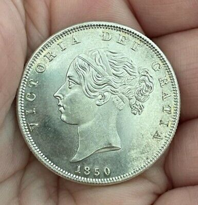 £0.99 • Buy 1850 Queen Victoria Young Head Halfcrown ~ Silver Plated Coin