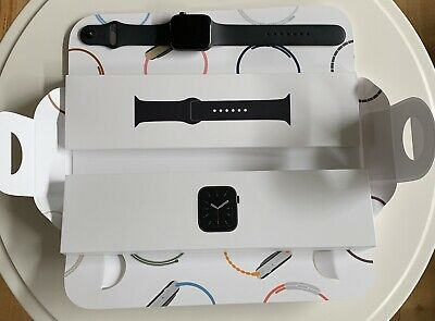AU550 • Buy Apple Watch Series 6 44mm Space Grey W/ Black Sport Band - GPS (with Apple Care)