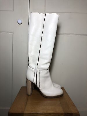 £140 • Buy Chloe White Leather Knee Boots Size 40