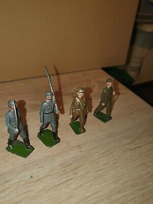 £4.99 • Buy Four Lead Britains Soldiers