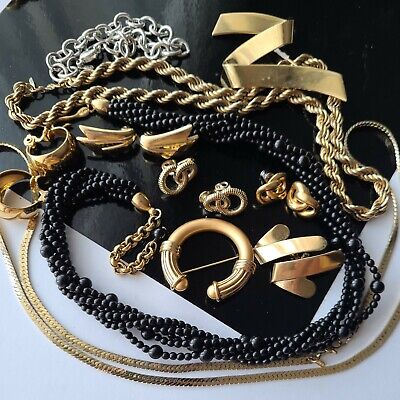 $ CDN4.05 • Buy Vintage Monet Napier All Signed Jewelry Lot Earrings Necklaces Chains