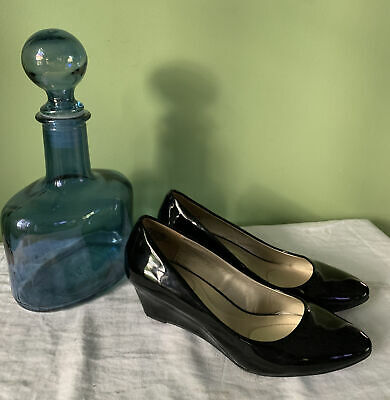 £15.94 • Buy Bandolino Womens Wedge Shoes Sz 7 Black Patent Leather Pumps NICE!