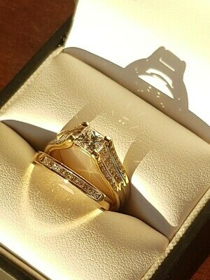 AU1500 • Buy Diamond Engagement Ring And Wedding Band Set In Yellow Gold. Size J 1/2