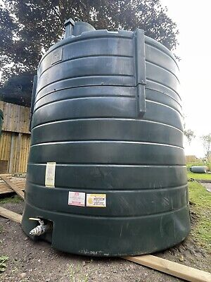 £1125 • Buy Green Plastic 5000l Diesel/oil Tank Bunded Delivery Available At Cost