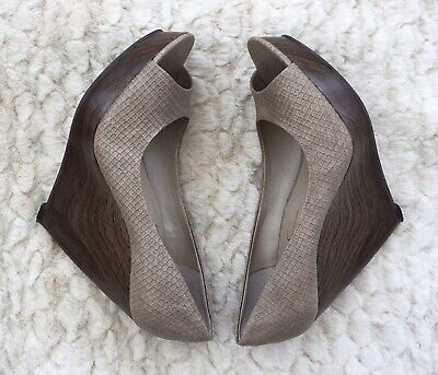 £25 • Buy Jessica Simpson Taupe Faux Leather Wedge Heel Peep Toe Shoes UK4.5 NEW