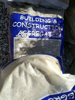 £25 • Buy Building Grit Sand 7 X 25kg Sealed Bags.Buyer Collects.