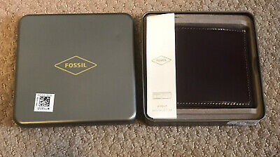 $35.99 • Buy NWT FOSSIL Men's Brown Leather BI-FOLD Wallet With Tin - New In Package