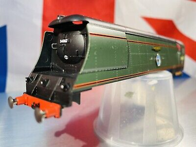 £49.99 • Buy HORNBY 00 Class BATTLE OF BRITAIN WEST COUNTRY Locomotive Body Shell ( Vvgc )