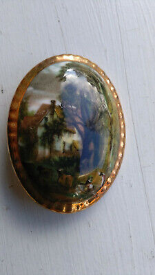 £3.95 • Buy Lady Elanor Fine Bone China Oval Scenic Picture Brooch With Gold Tone Edging