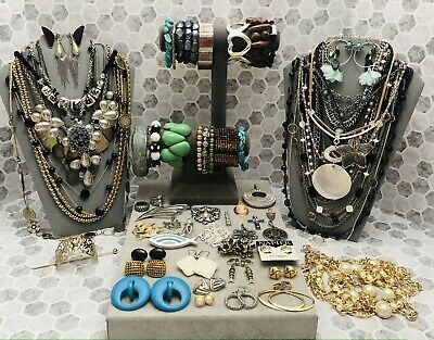 $ CDN32.73 • Buy Huge Vintage To Now Jewelry Lot - Estate Find - All Wearable Pieces - 4 Lbs +