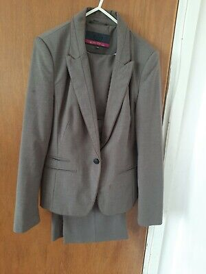 £9.99 • Buy Ladies Brown Trouser Suits Size 14