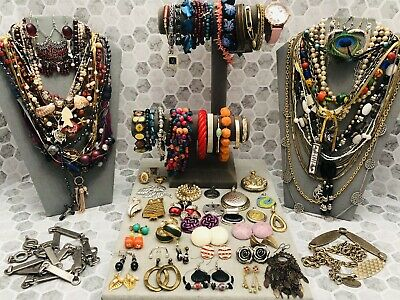 $ CDN1.25 • Buy ESTATE VINTAGE TO NOW COSTUME JEWELRY LOT 4+ Lbs - READY TO WEAR - Great Quality