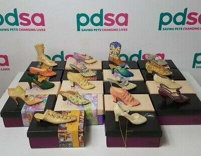 £20 • Buy 18 X JUST THE RIGHT SHOE Miniature Collectable Shoe Ornaments - P4_1063