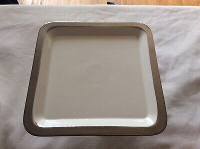 £8 • Buy 10 Strawberry Street White With Silver Boarder Cake Stand. 9.5cm High