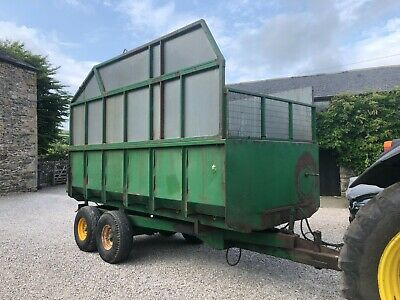 £2995 • Buy #B1285 Horn 8T Grain / Silage Trailer V Tidy Automatic Door Delivery Available