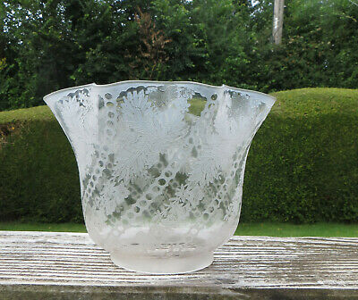 £149 • Buy Antique Deep Etched Tulip Shaped Floral Glass Oil Lamp Globe / Shade, 4  Fitter