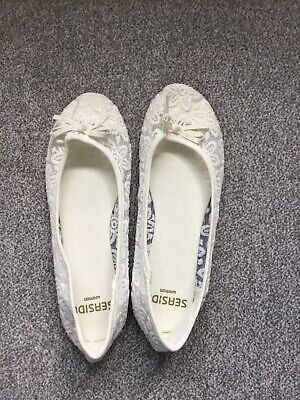 £2 • Buy WOMENS White LACE WEDDING PARTY FLAT BALLET SLIP ON PUMPS SHOES LADIES SIZE 6