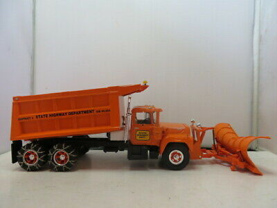 $79.99 • Buy First Gear Mack-R-Model, Dump Truck With Plow, State Highway Dept.,  1/34 Scale