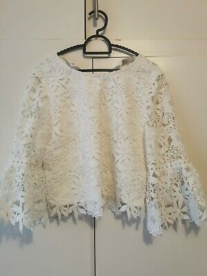 AU25 • Buy Forever New White Top (Size 6)