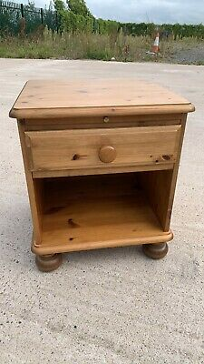 £79.99 • Buy Beautiful Vintage Victoria Ducal Solid Pine Bedside Cabinet With Draw (C5)