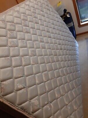 AU195 • Buy DOUBLE BED     MATTRESS And BASE. Practically New!