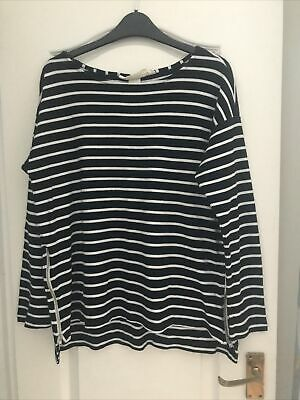 £2.50 • Buy Striped Navy And White Zip Top Size M From H&M Logg