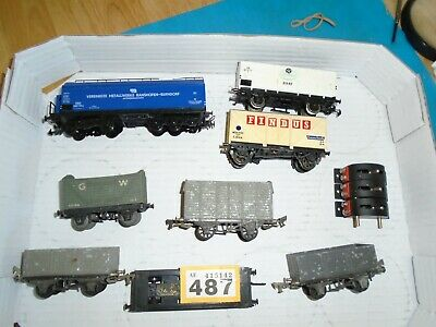 £4.99 • Buy Ho/oo Gauge  Job Lot Of  Wagons All  Need Attention/ Trix Switches         Y/487