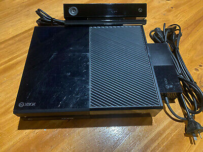 AU160 • Buy Xbox One Console Model 1540 + Xbox Camera + HDMI & Power Cables.