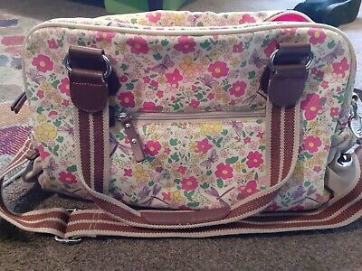£12 • Buy Yummy Mummy Pink Lining Cottage Garden Floral Changing Bag