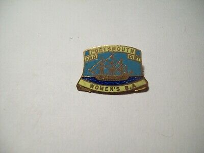 £0.99 • Buy Portsmouth And Dist - Women's B.A. - Pin Badge