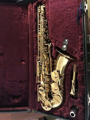 AU500 • Buy Saxophone AAS61 Beautiful With Case And Accessories