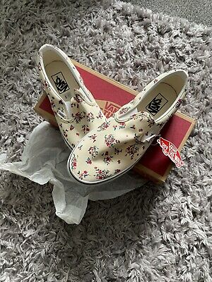 £30 • Buy Classic Vans Slip On Ditsy Floral Size UK8.5 Brand New Sold Out