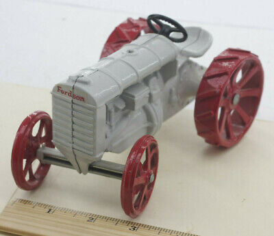 £18.09 • Buy 6  Fordson Model Tractor Die Cast - Steering Works - White With Red - USED F05