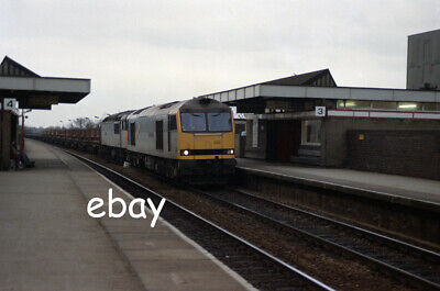 £0.99 • Buy Original 35mm Colour Negative Of Class 60 60020 And Class 56 56040 At Tamworth