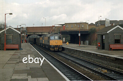 £0.99 • Buy Original 35mm Colour Negative Of Class 33's 33019 And 33026 At Acton Main Line